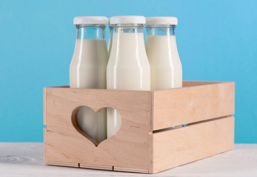Frascos de leite